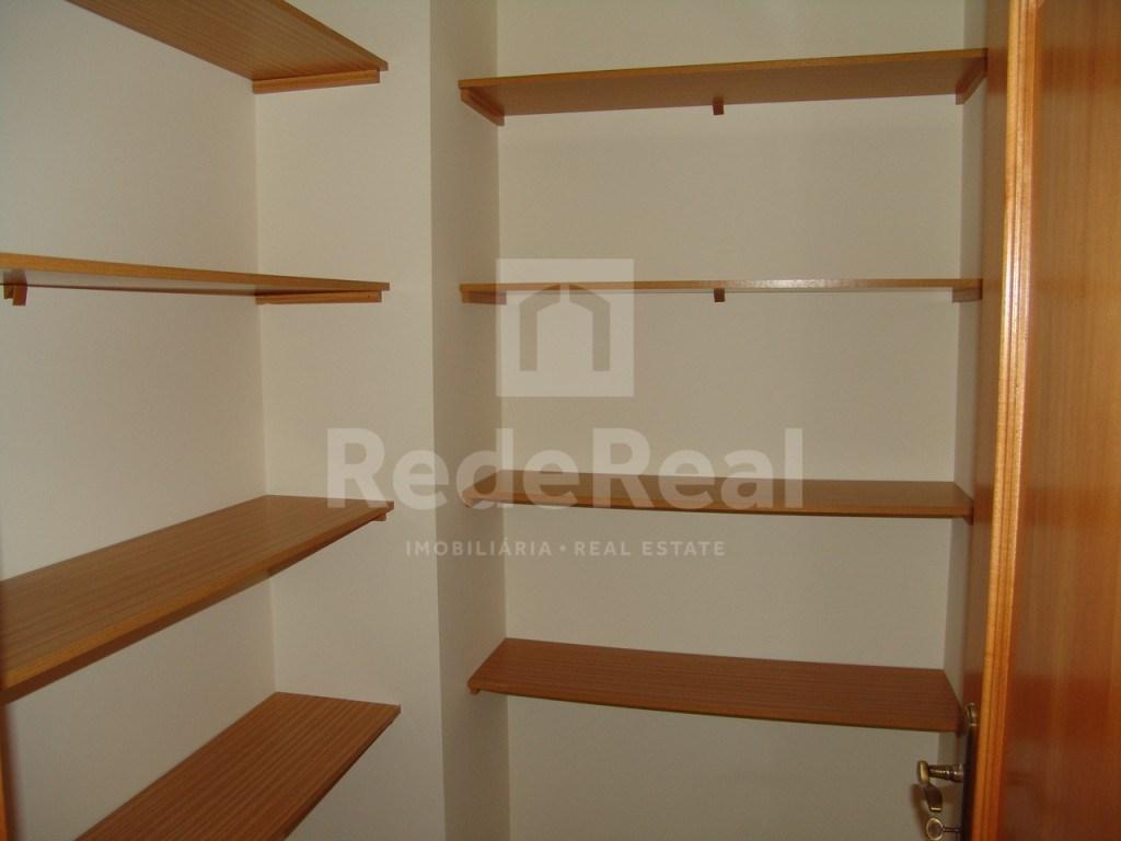 4 Pièces Appartement São Brás (9)