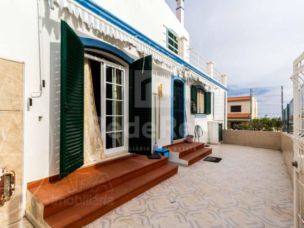 4 Bedrooms Detached House in  Brancanes (10)