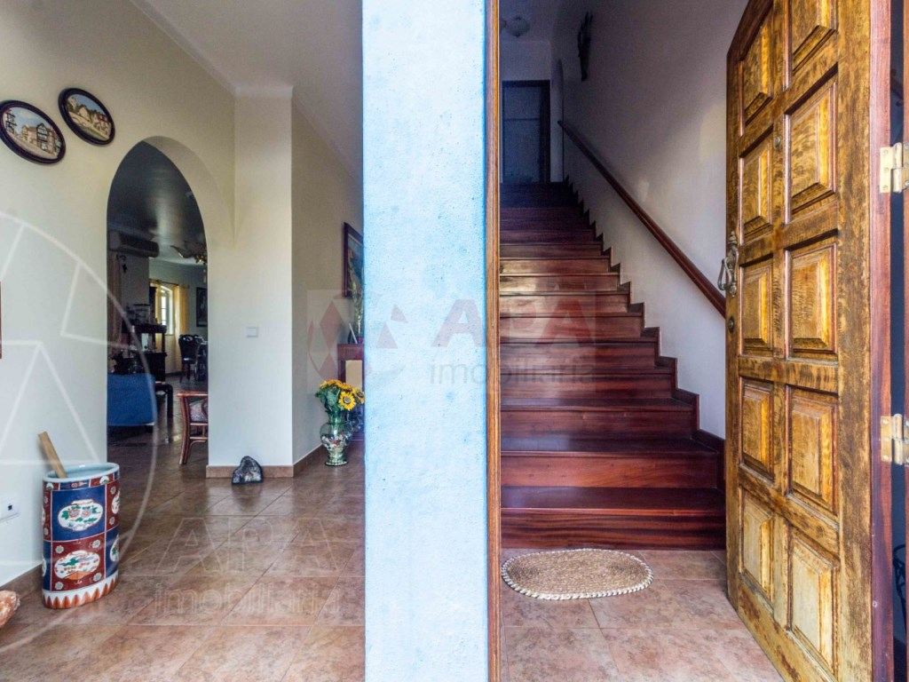 4 Bedrooms Detached House in  Brancanes (22)