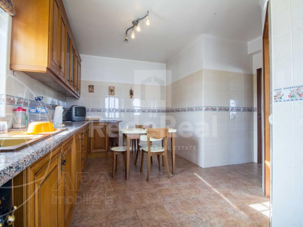4 Bedrooms Detached House in  Brancanes (28)