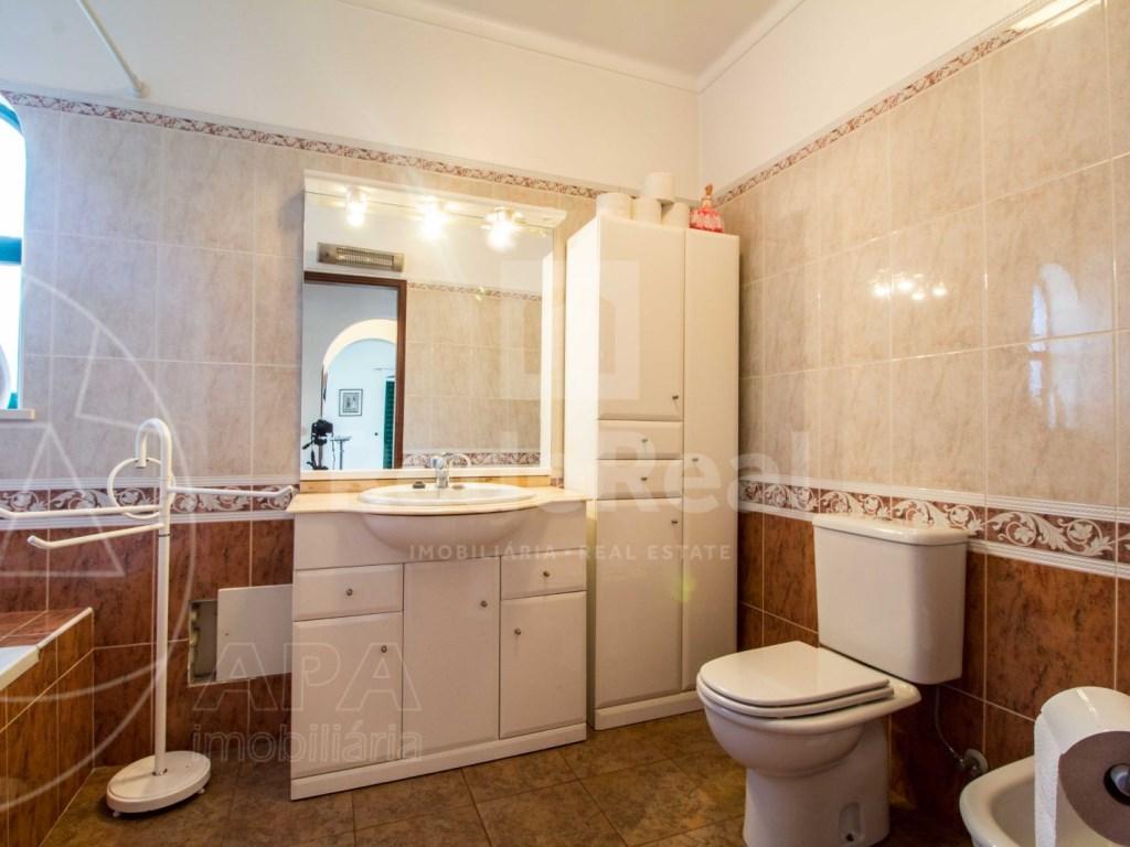 4 Bedrooms Detached House in  Brancanes (36)