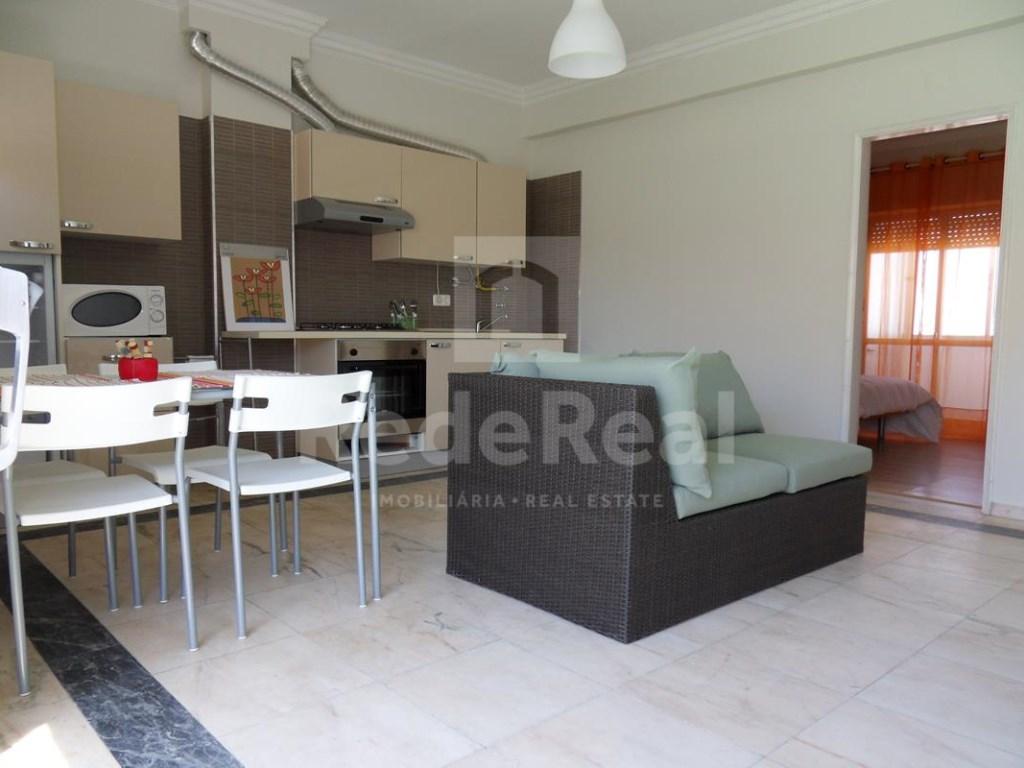 7 Pièces Maison avec espace commercial  à Faro (2)