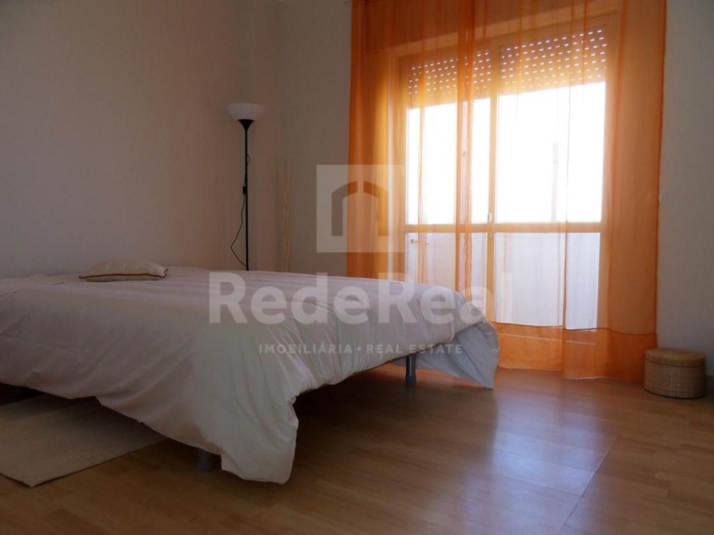 7 Pièces Maison avec espace commercial  à Faro (11)