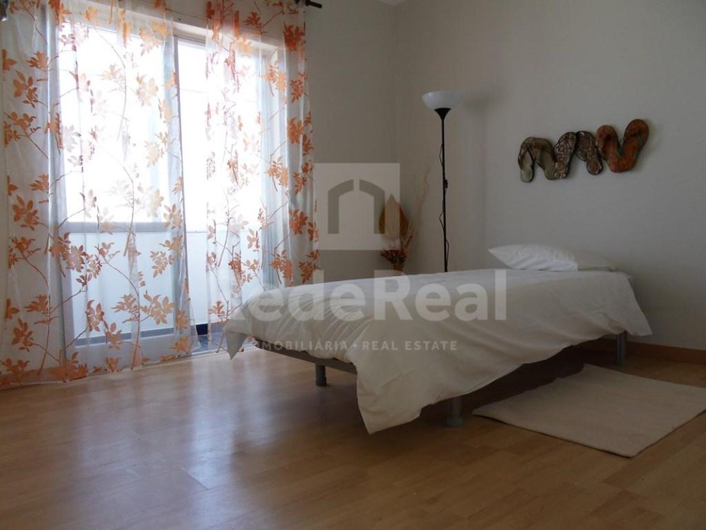 7 Pièces Maison avec espace commercial  à Faro (12)
