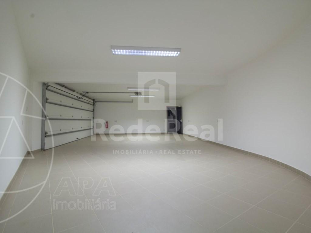 5 Bedrooms + 1 Interior Bedroom House in Quarteira  (26)