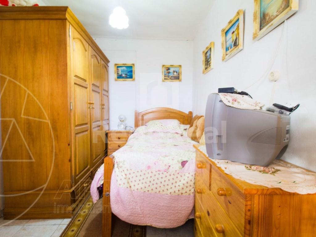 3 Bedrooms + 1 Interior Bedroom House in São Brás de Alportel (8)