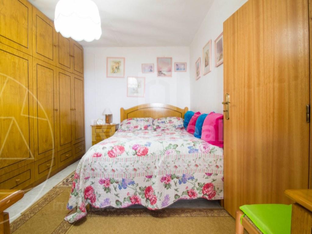 3 Bedrooms + 1 Interior Bedroom House in São Brás de Alportel (9)