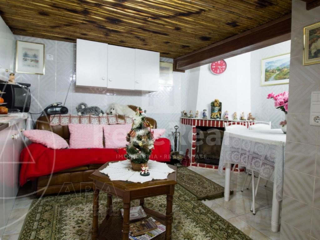 3 Bedrooms + 1 Interior Bedroom House in São Brás de Alportel (14)
