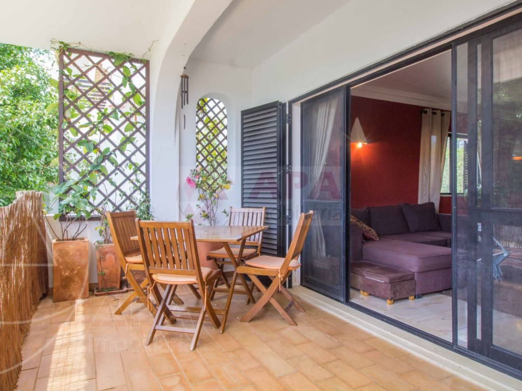 2 Bedroom apartment duplex in Almancil (1)