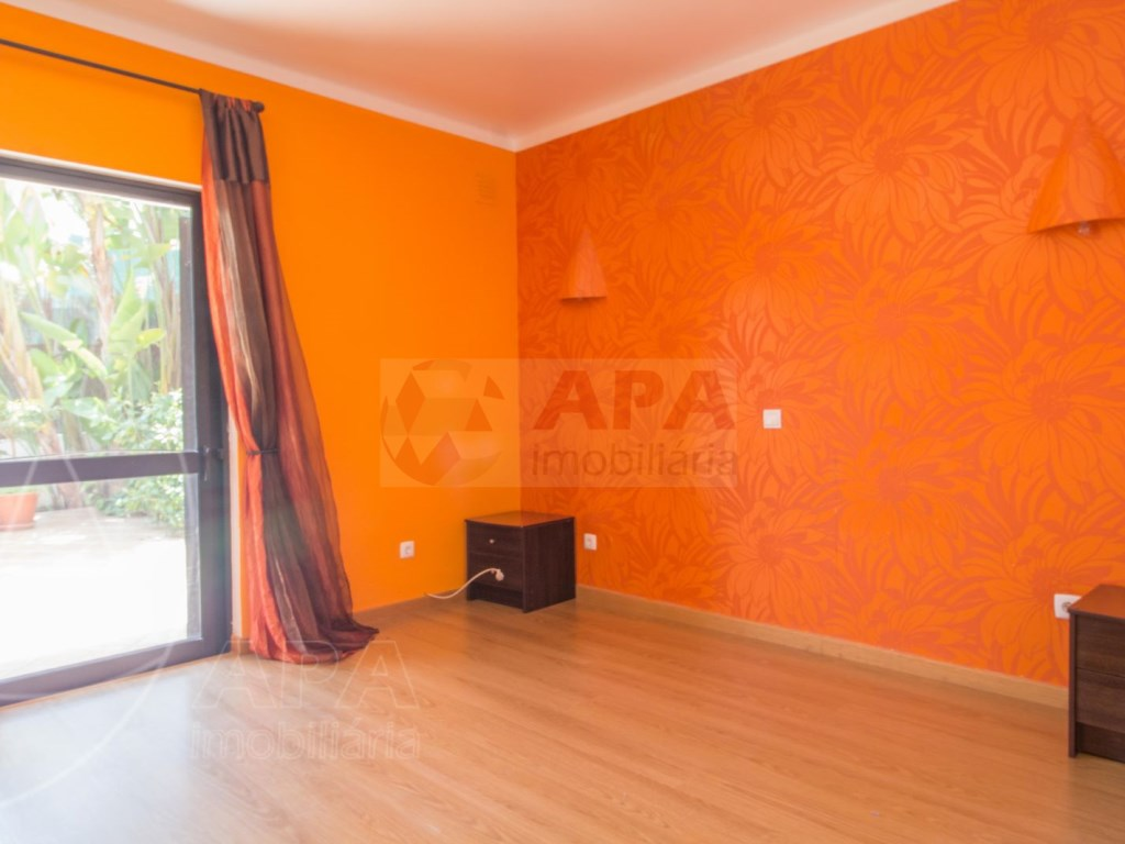 2 Bedroom apartment duplex in Almancil (18)