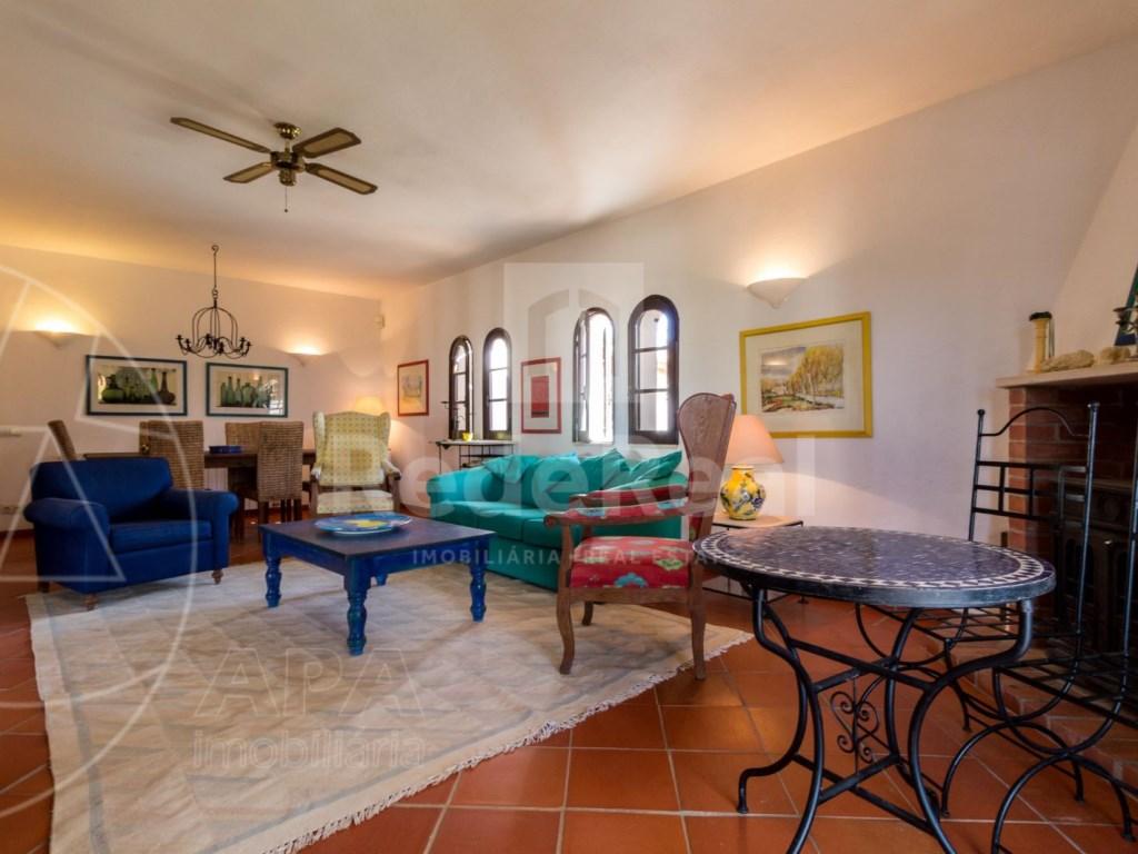 4 Bedrooms House in Vale Telheiro (4)