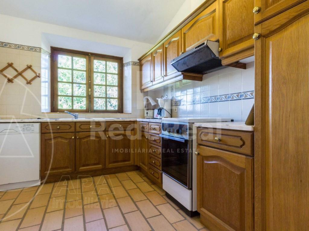 4 Bedrooms House in Vale Telheiro (11)