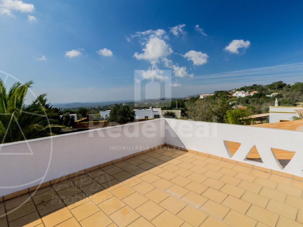 4 Bedrooms House in Vale Telheiro (14)