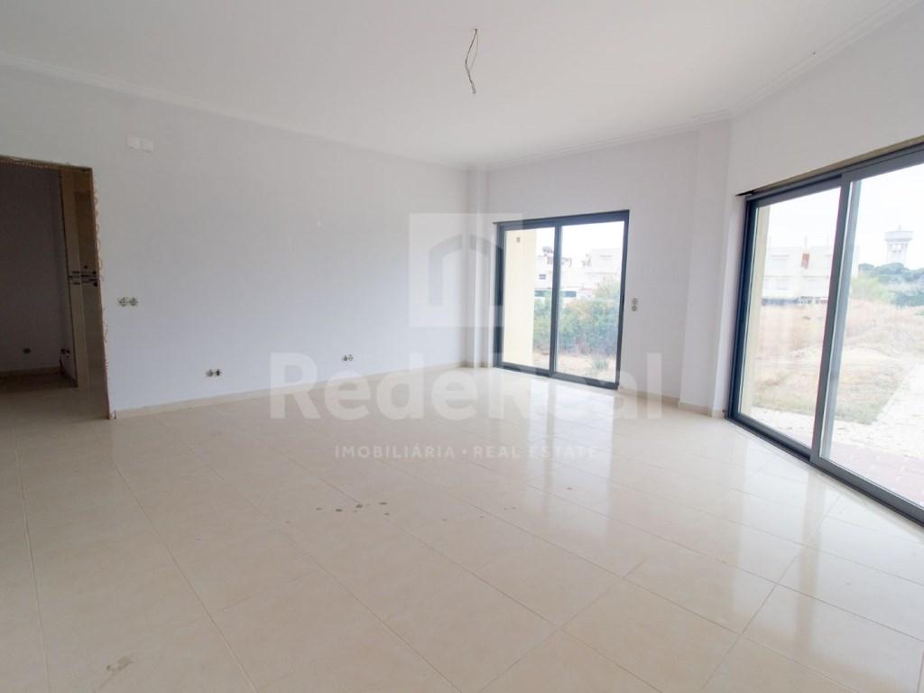 3 Pièces Appartement in Quelfes (1)