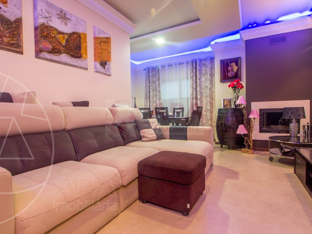 3 bedroom apartment in Montenegro (4)