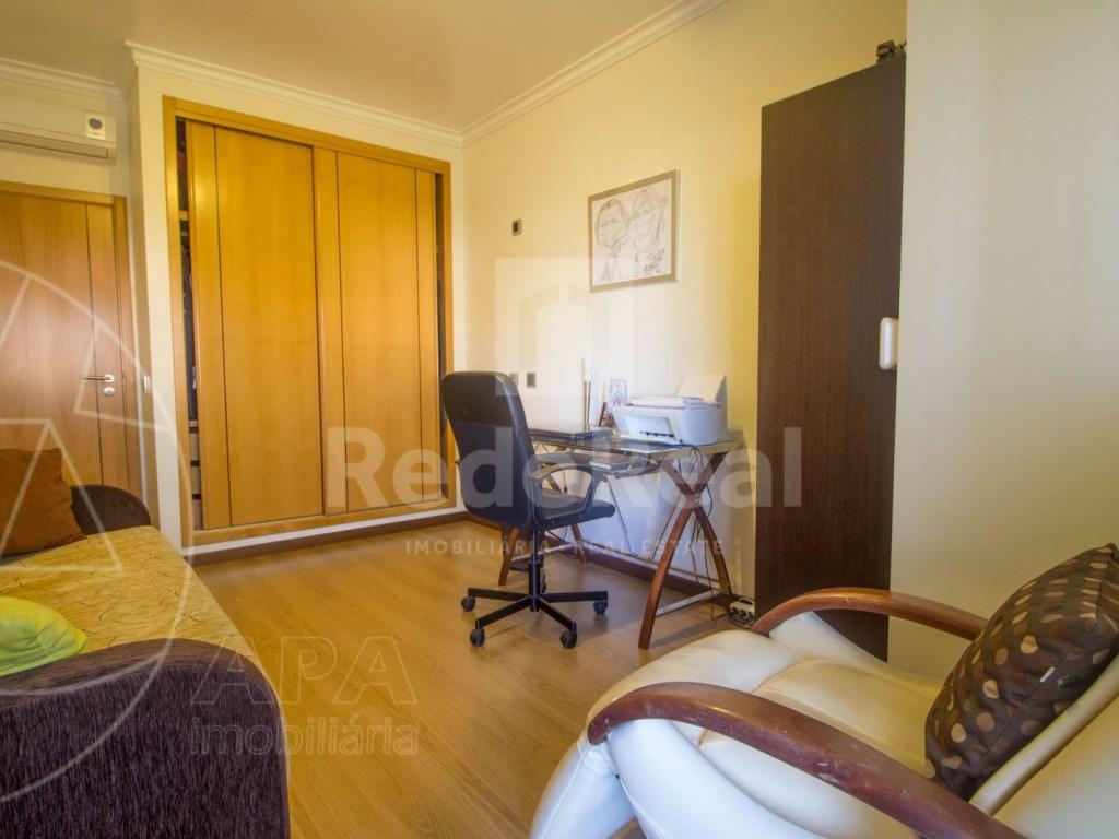 3 bedroom apartment in Montenegro (24)