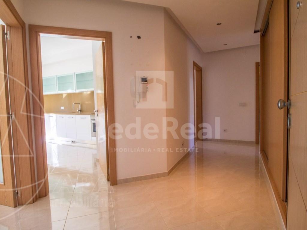 3 Bedrooms Apartment in Santa Bárbara de Nexe (3)