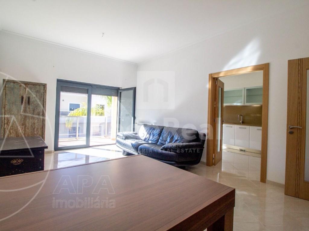 3 Bedrooms Apartment in Santa Bárbara de Nexe (6)