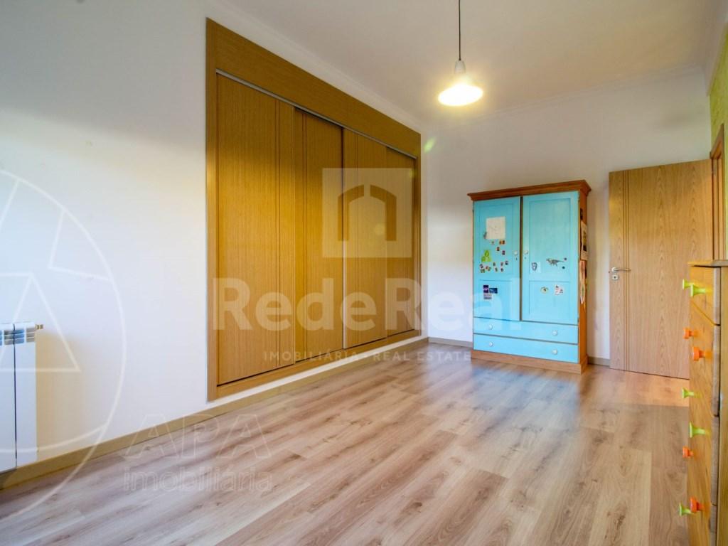 3 Bedrooms Apartment in Santa Bárbara de Nexe (16)