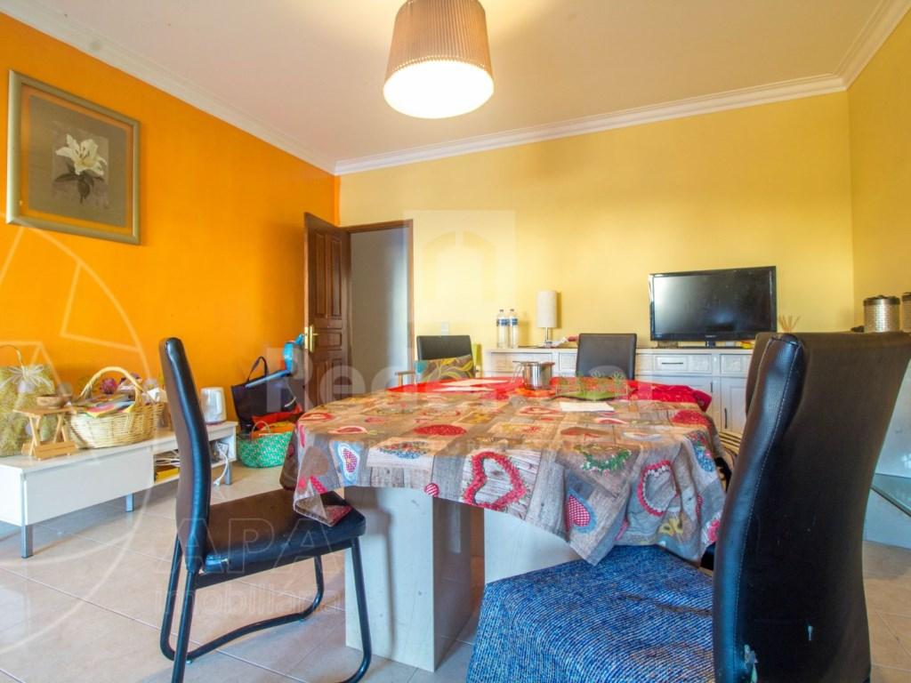 2 bedroom apartment  (2)