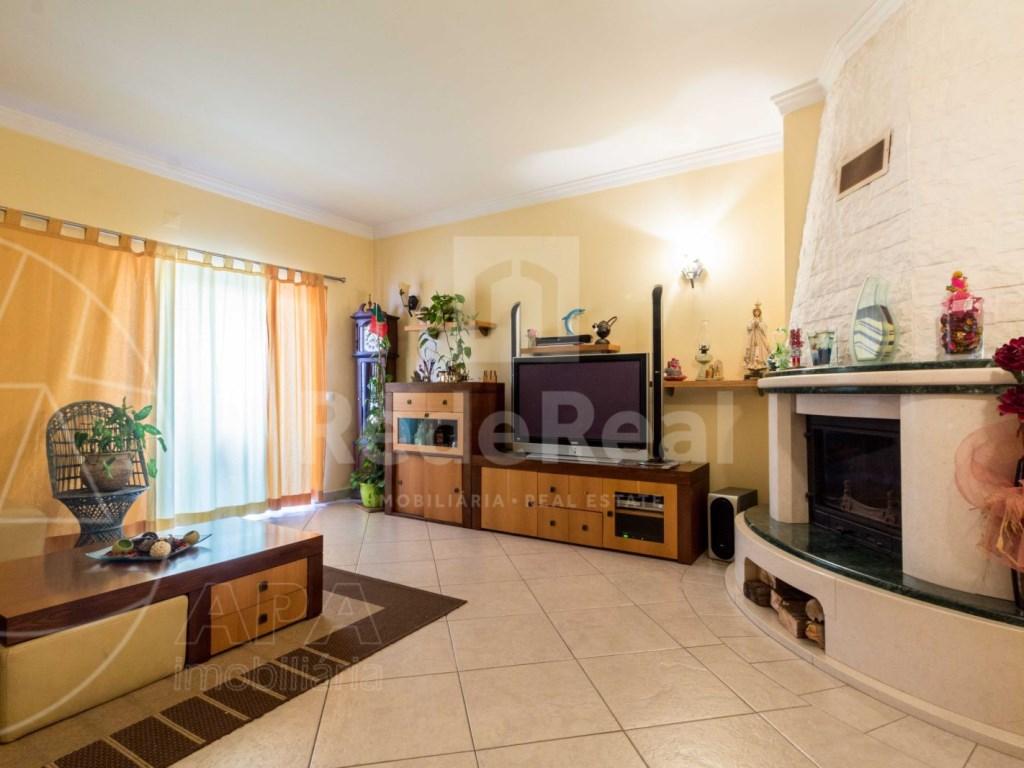 2 Bedrooms + 1 Interior Bedroom Apartment in Albufeira (2)