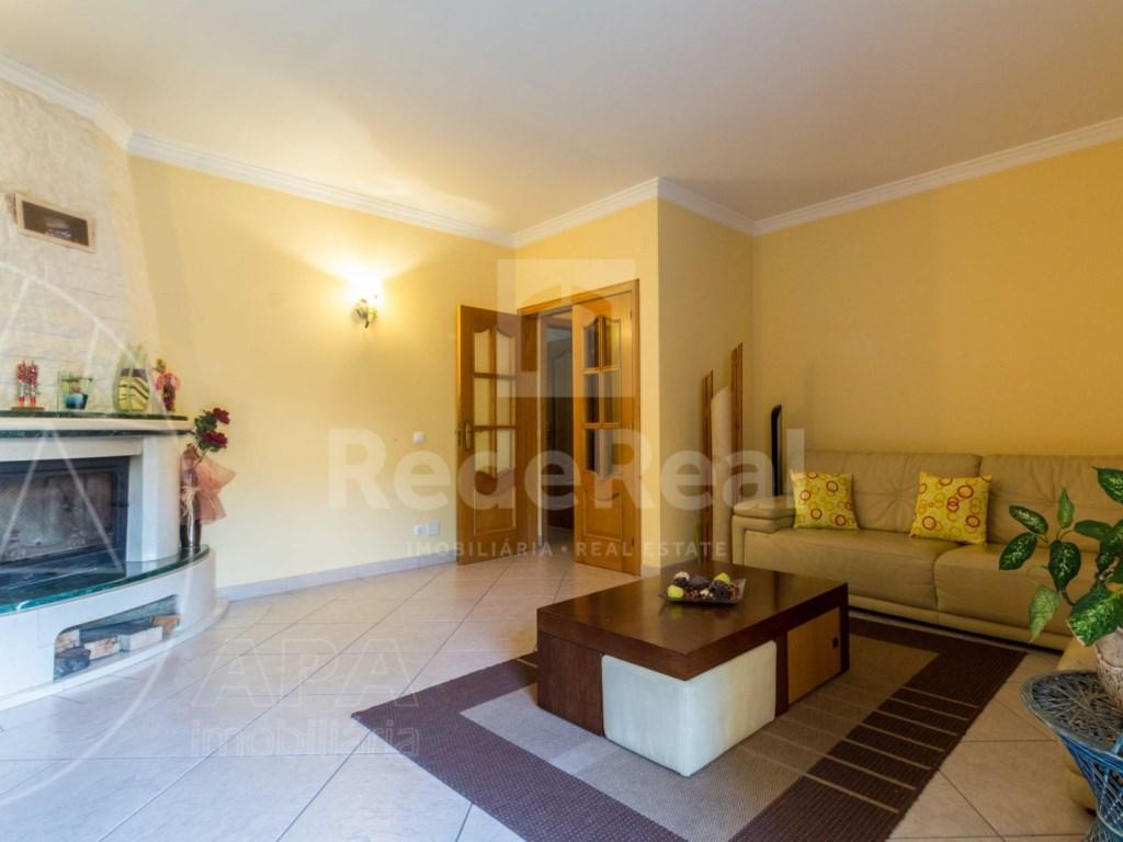 2 Bedrooms + 1 Interior Bedroom Apartment in Albufeira (3)