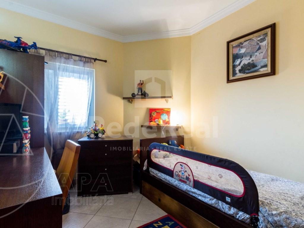 2 Bedrooms + 1 Interior Bedroom Apartment in Albufeira (10)