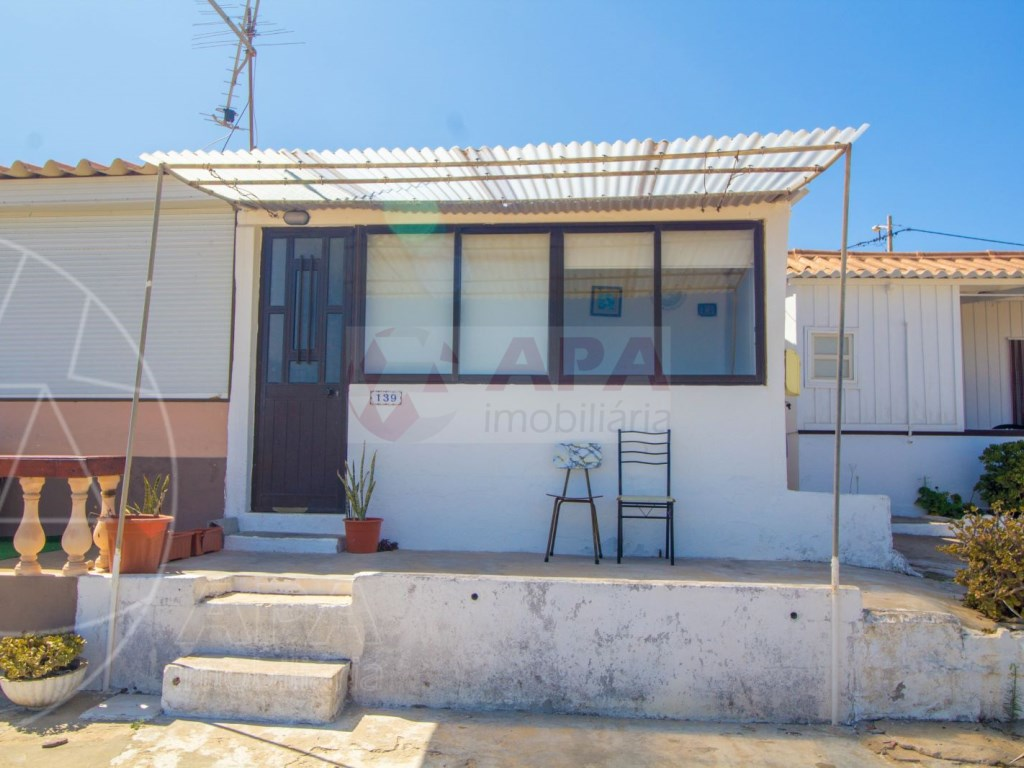 4 Bedrooms Terraced House in  Praia de Faro (4)