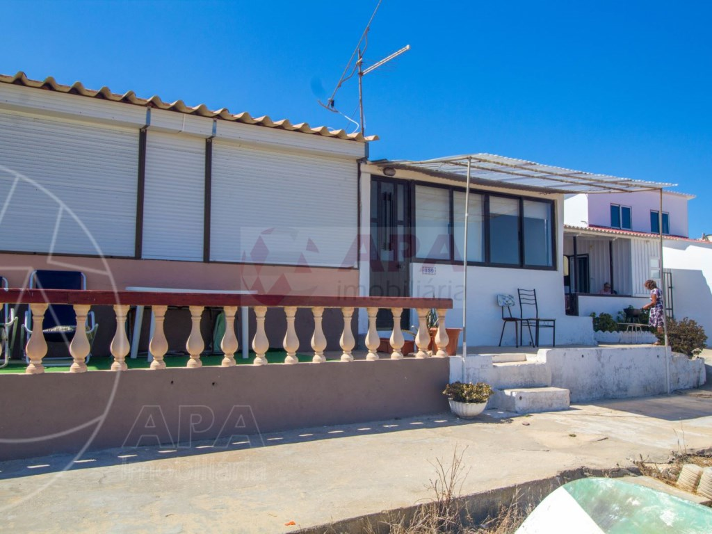 4 Bedrooms Terraced House in  Praia de Faro (5)