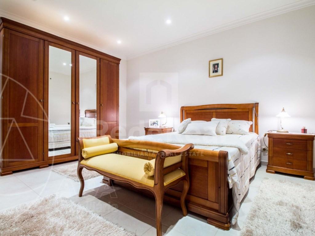 8 Pièces + 1 Chambre intérieur Maison á  Loulé (14)