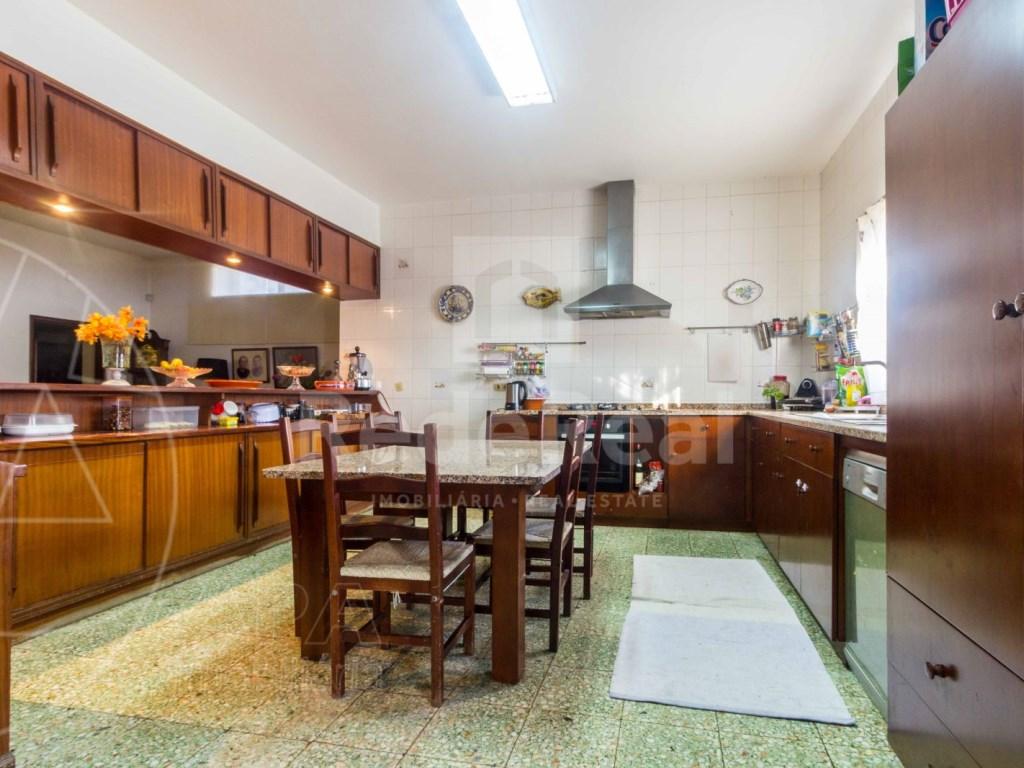 8 Pièces + 1 Chambre intérieur Maison á  Loulé (28)