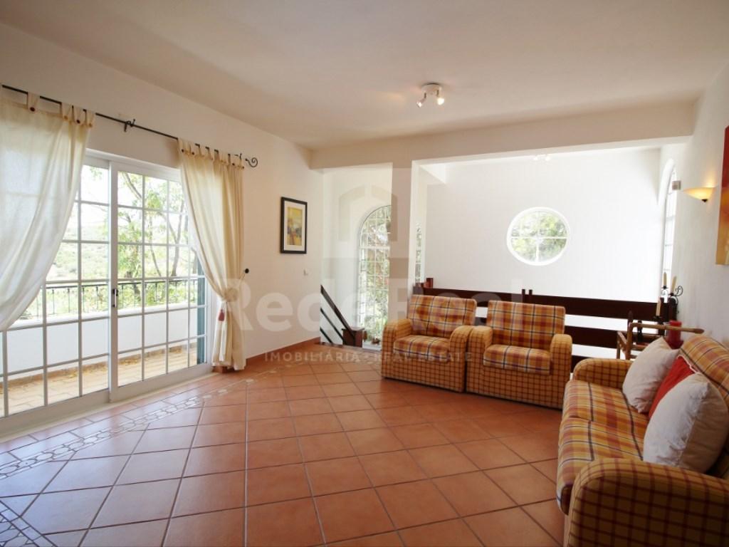 6 Bedrooms House in  Santa Bárbara de Nexe (4)