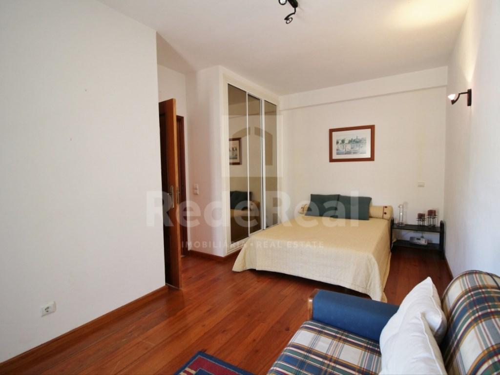 6 Bedrooms House in  Santa Bárbara de Nexe (6)