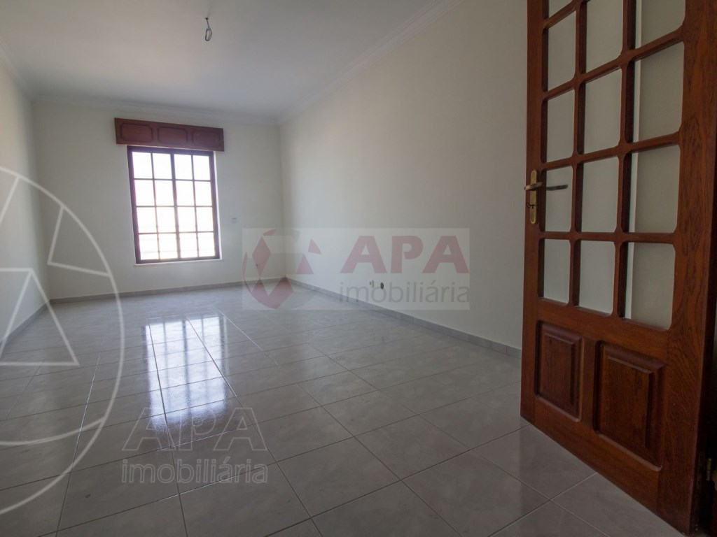 3 Bedroom apartment in Faro (3)