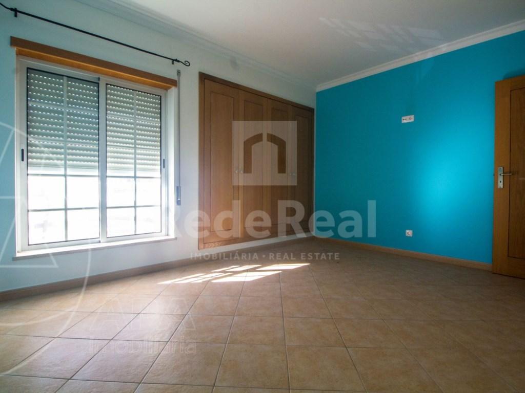 T3 Apartamento in Montenegro (11)