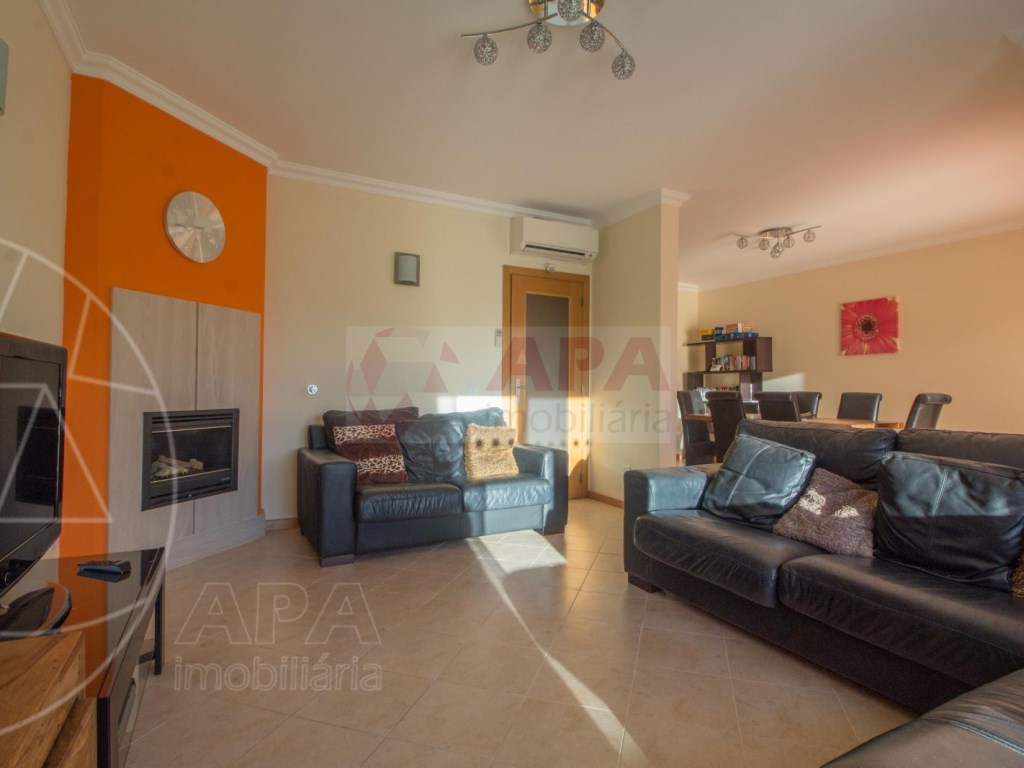 3 Bedrooms + 1 Interior Bedroom Terraced House in  Tavira (6)