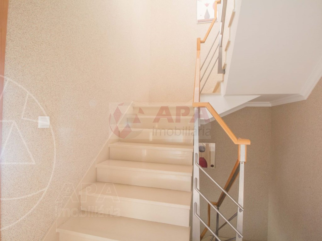 3 Bedrooms + 1 Interior Bedroom Terraced House in  Tavira (18)