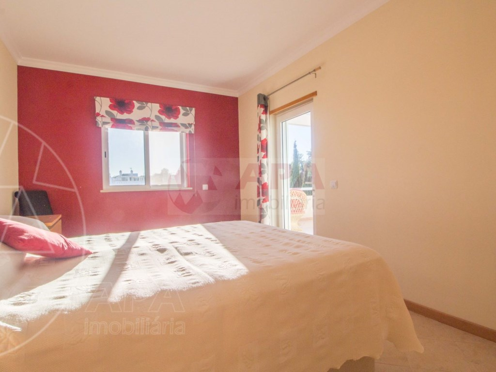 3 Bedrooms + 1 Interior Bedroom Terraced House in  Tavira (20)