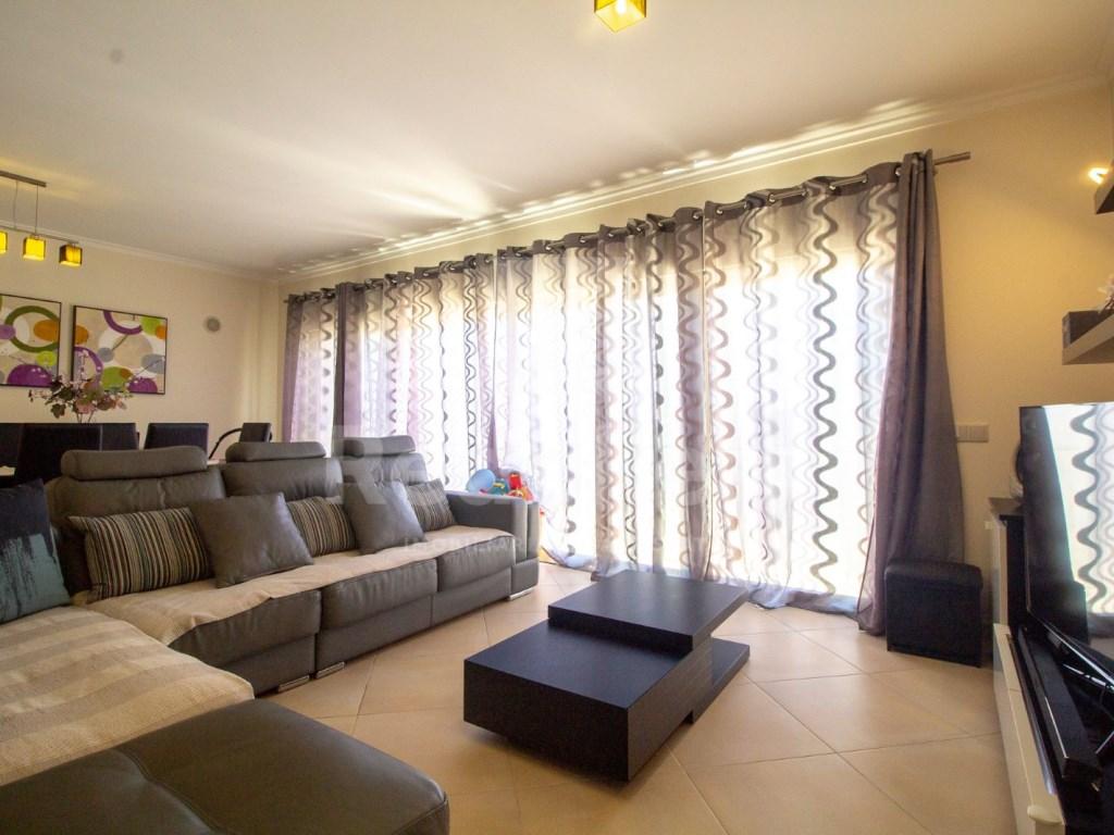 4 Pièces Appartement in Quelfes (4)