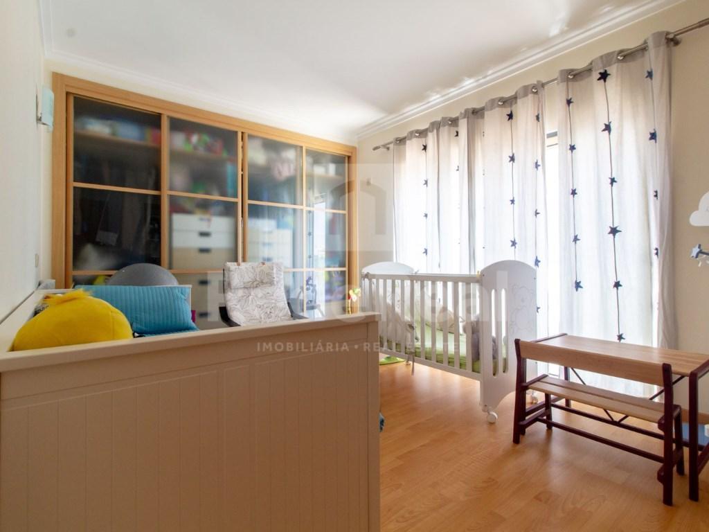 4 Pièces Appartement in Quelfes (17)