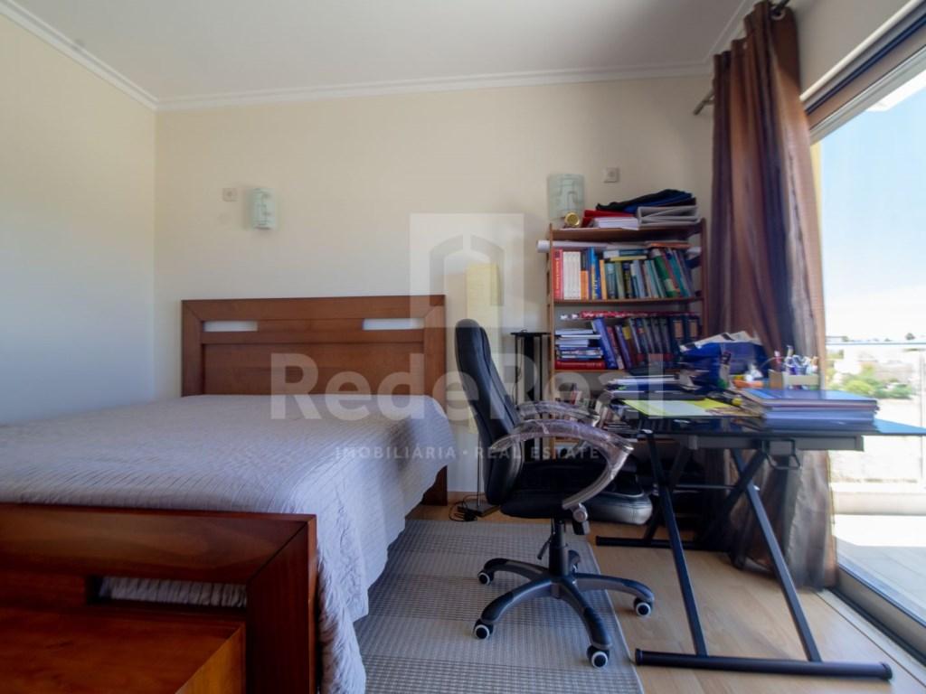 4 Pièces Appartement in Quelfes (19)