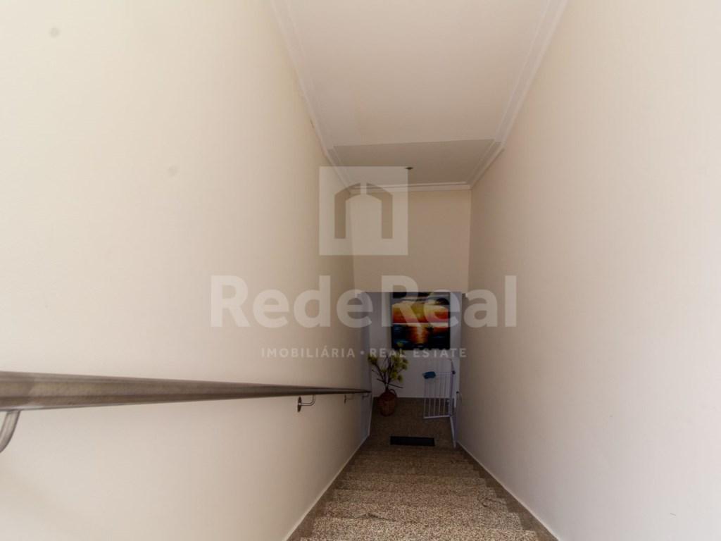 4 Pièces Appartement in Quelfes (26)
