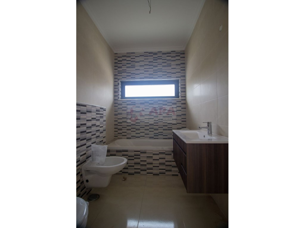 3 Pièces Appartement in Quelfes (14)
