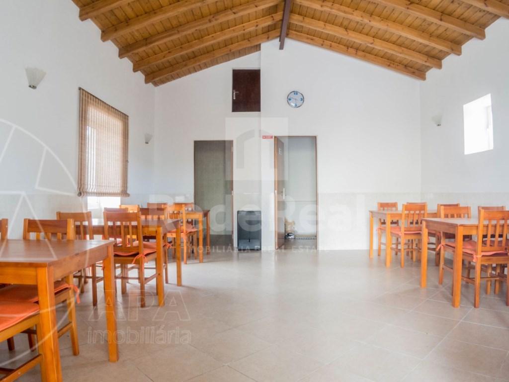 4 Pièces Maison avec espace commercial á Bordeira (12)