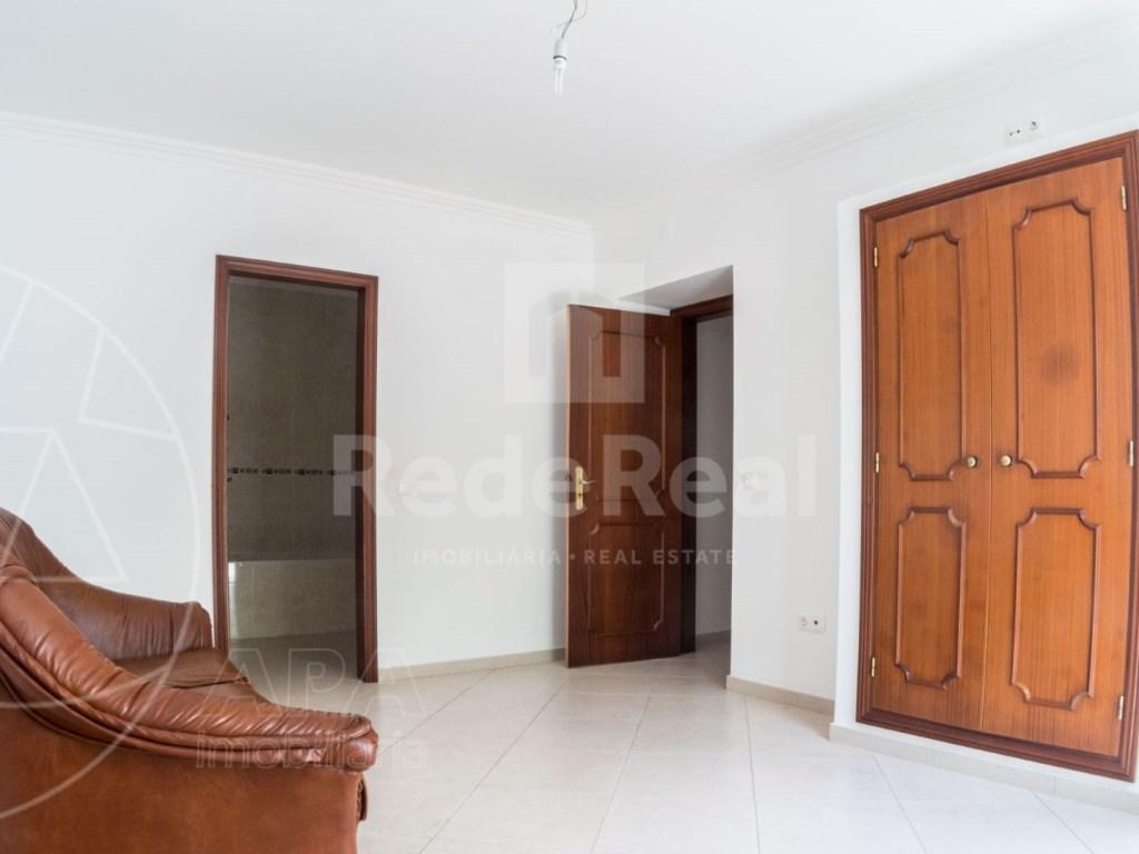 4 Pièces Maison avec espace commercial á Bordeira (21)
