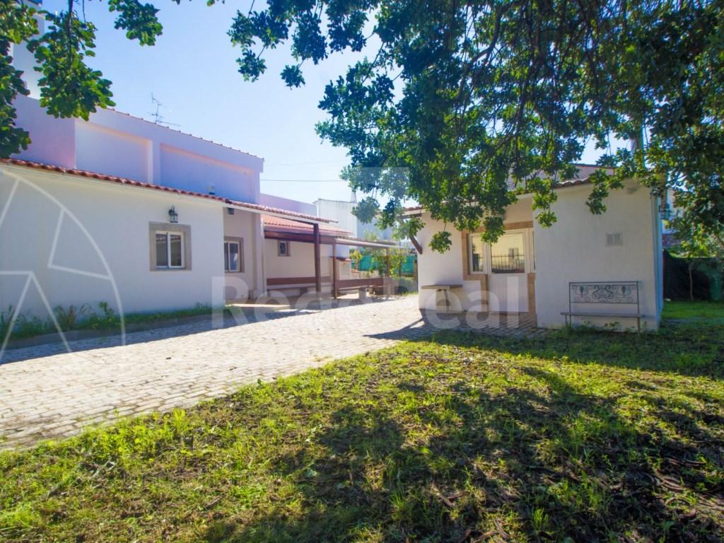 4 Pièces Maison avec espace commercial á Bordeira (11)