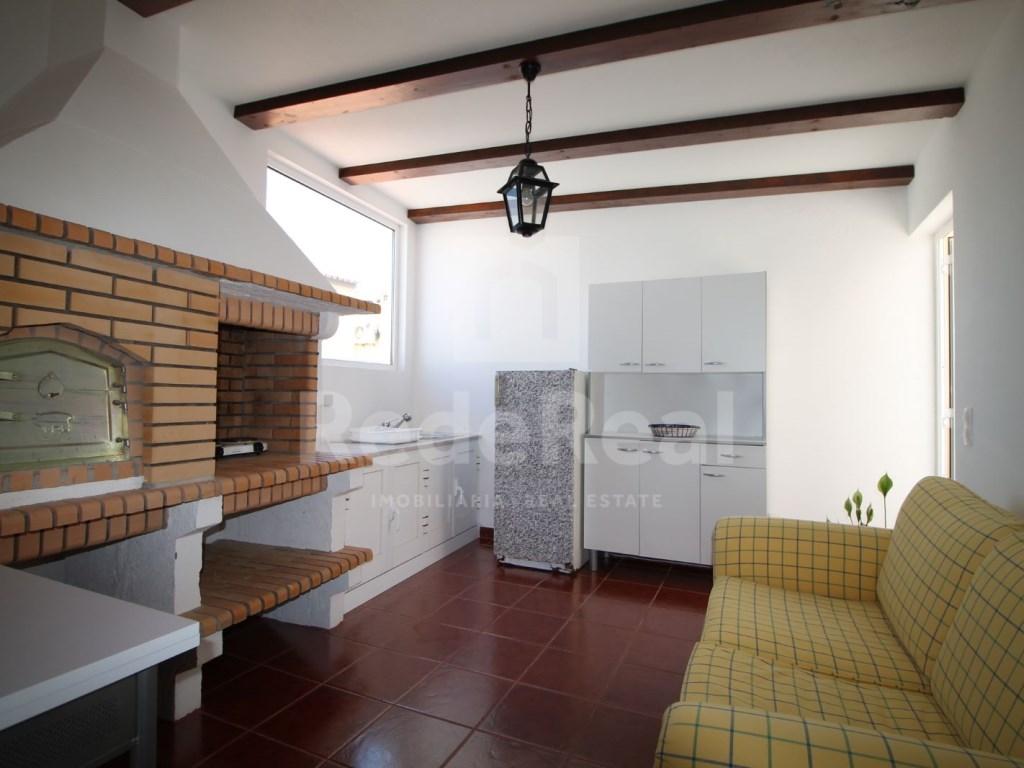 Bedrooms + 1 Interior Bedroom Terraced House in Goncinha (1)