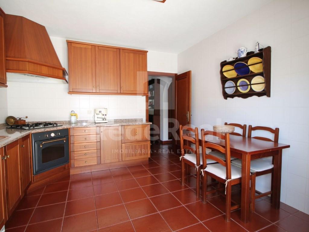 4 Pièces + 1 Chambre intérieur Maison en bande in Goncinha (4)