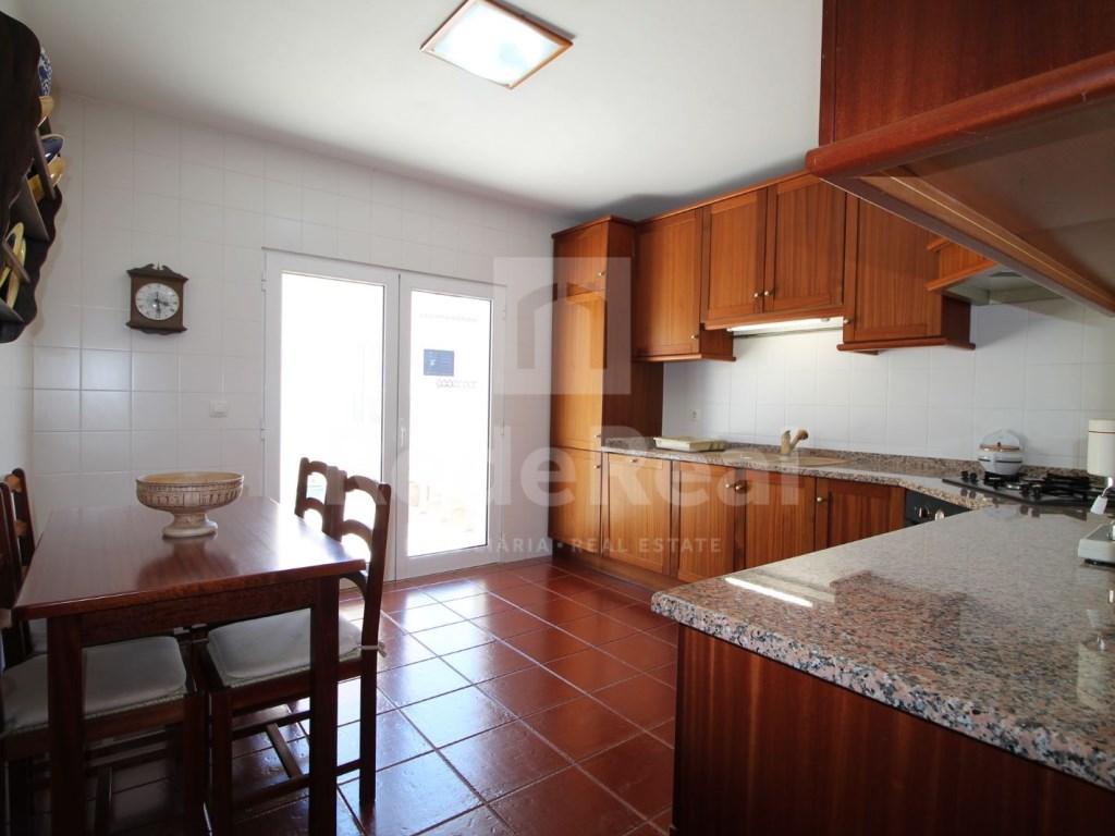 Bedrooms + 1 Interior Bedroom Terraced House in Goncinha (5)