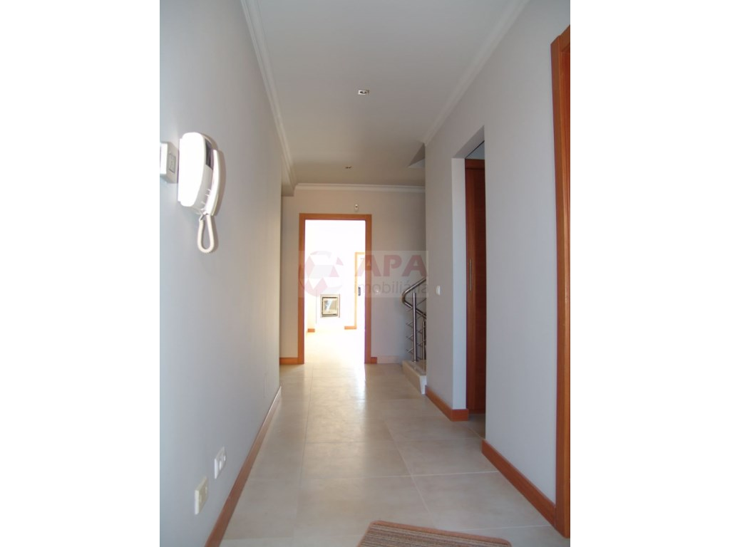 2 Bedrooms + 1 Interior Bedroom Terraced House in Vilamoura (7)